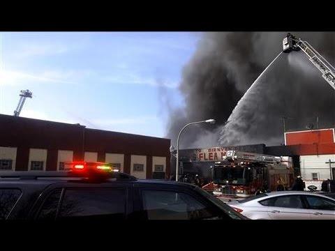 Massive Fire in Chicago Destroys Flea Market