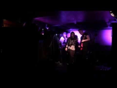 Verônica Huang + Rockstar Karaoke NYC - Highway to Hell