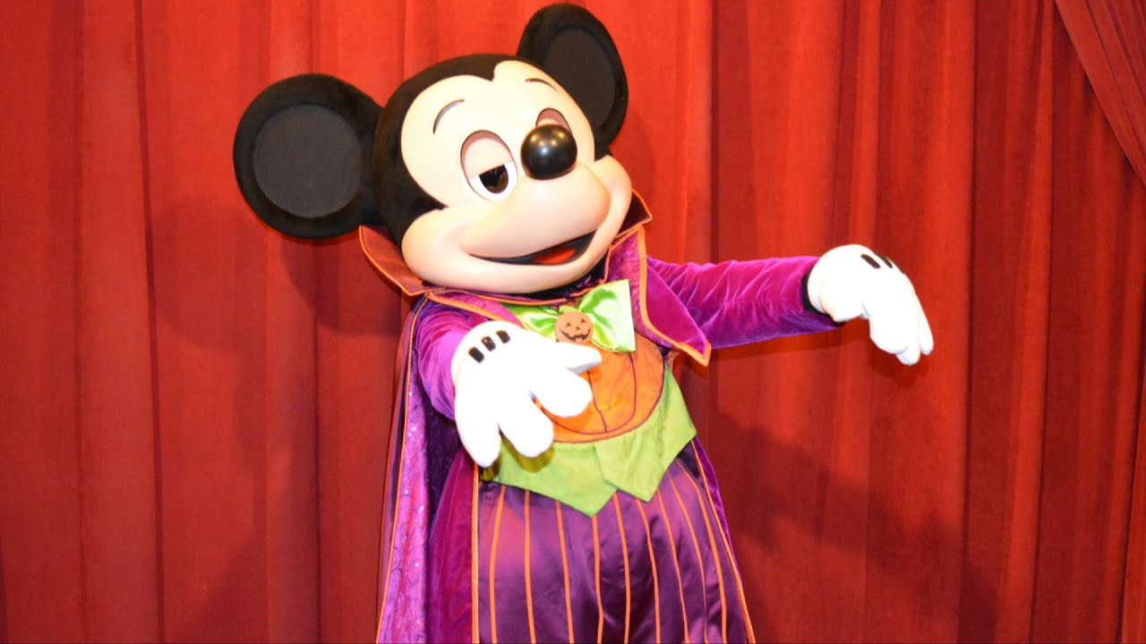 talking mickey teaches us the zombie goofy move for halloween disney mickeys not so scary party youtube - Goofy Halloween Pictures