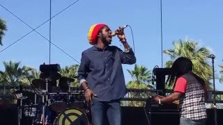 Chronixx - Smile Jamaica (Live at COACHELLA 2016)