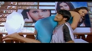 Tamil Hot & Sexy Actress Namitha OTS Carry By Her Boyfriend 720p HD