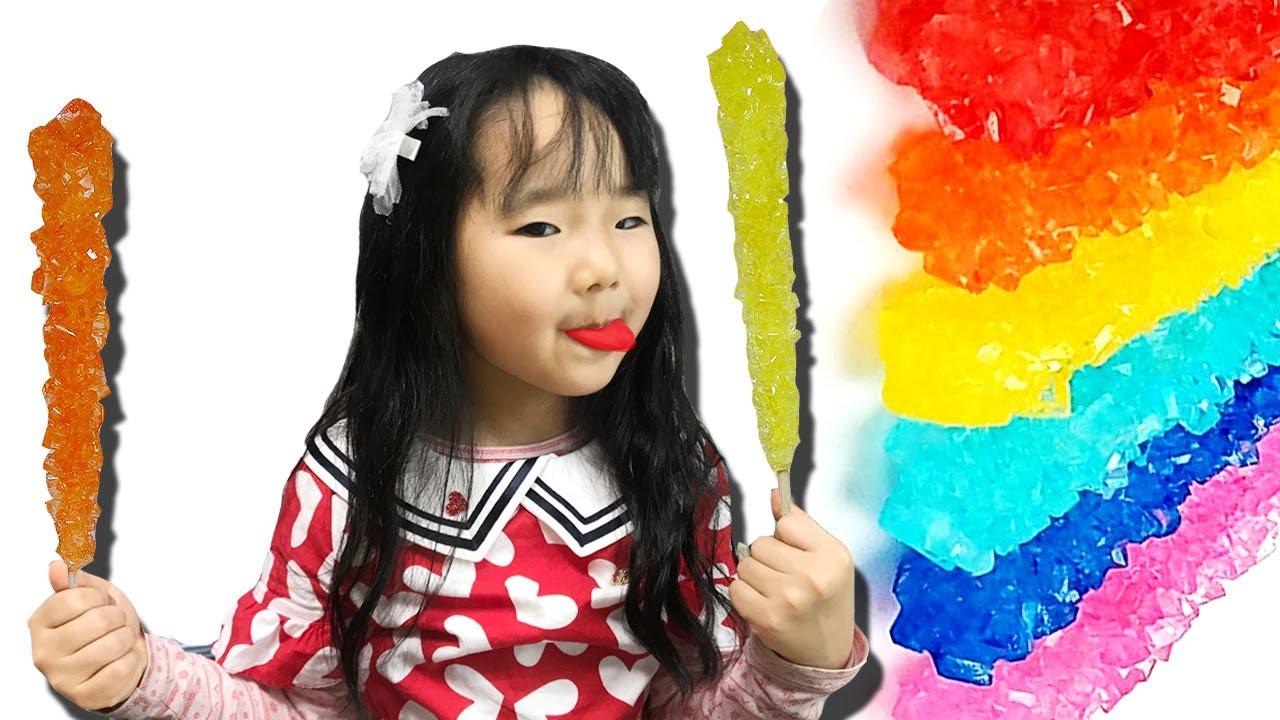 사탕이 사라졌어요! 수지의 락캔디 숨바꼭질 색깔놀이 몰티져스 요리놀이 음식 만들기 눈알꼬치 젤리 먹방 Maltesers Rainbow Jelly Mukbang with Suji
