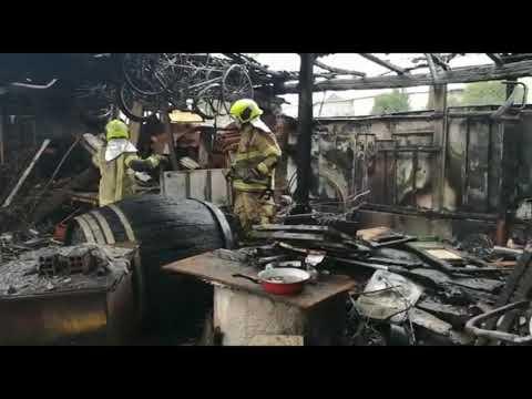 Declarado un incendio en un galpón en Taboadela