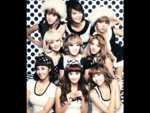 SNSD- Hoot (download link)