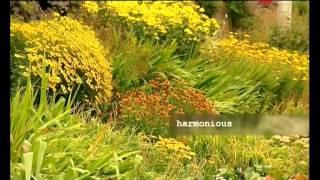 Ландшафтный дизайн садового участка своими руками(Активное коттеджное строительство способствовало возрождению такого направления ландшафтной архитектур..., 2013-05-06T12:02:20.000Z)