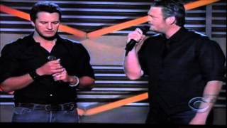 funny opening from the amc awards blake and luke