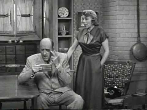 The George Burns and Gracie Allen Show: The Black Eye Fraternity (2/3)