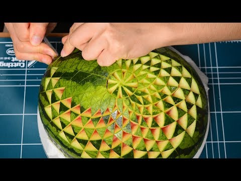 How to make a Simple Pattern Watermelon Carving / FCL Team