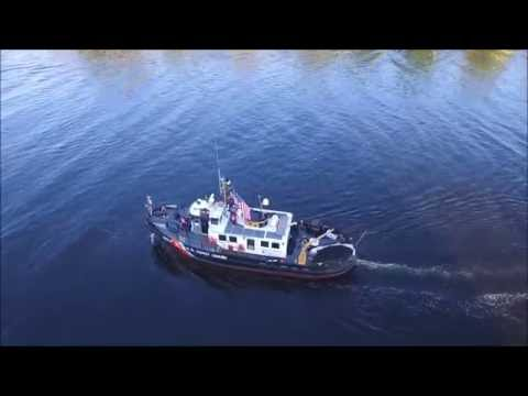Waterford Tugboat Roundup's Tugboat Parade