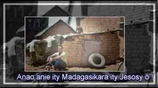 Download Mamelà ny Nosinay - Tanora Masina Itaosy MP3 song and Music Video