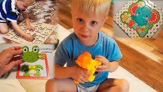 Ребенок 2 года складывает пазлы. Обзор пазлов. Азбука, магнитные, 3D пазлы | Анюта Журило