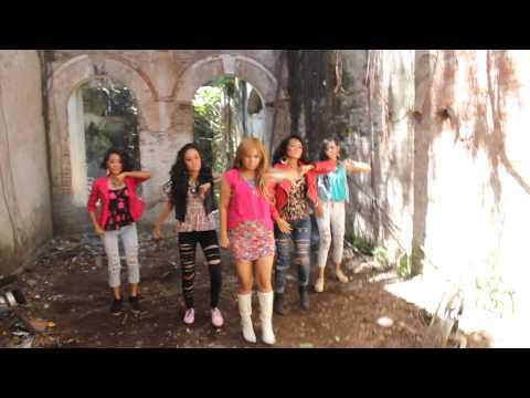 Behind the Scene clip Yeni Choete Lady Gula-Gula