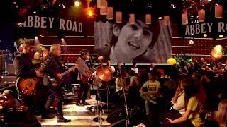 Golden Slumbers/Carry That Weight/The End - Abbey Road Special | The Analogues