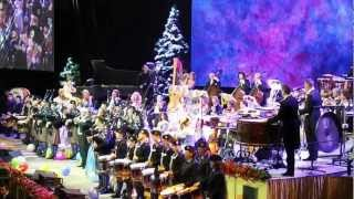 Andre Rieu & Cullybackey Pipe Band - Amazing Grace - Dec 2012