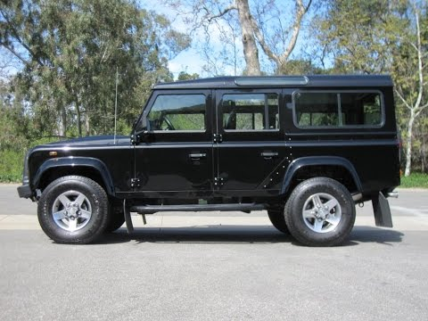 Land Rover Defender 110 Td5 Station Wagon E 2002 - 2007 full specifications and photos