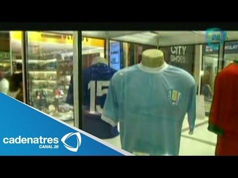 Playera nazi causa polémica en exposición de camisetas de fútbol en Brasil