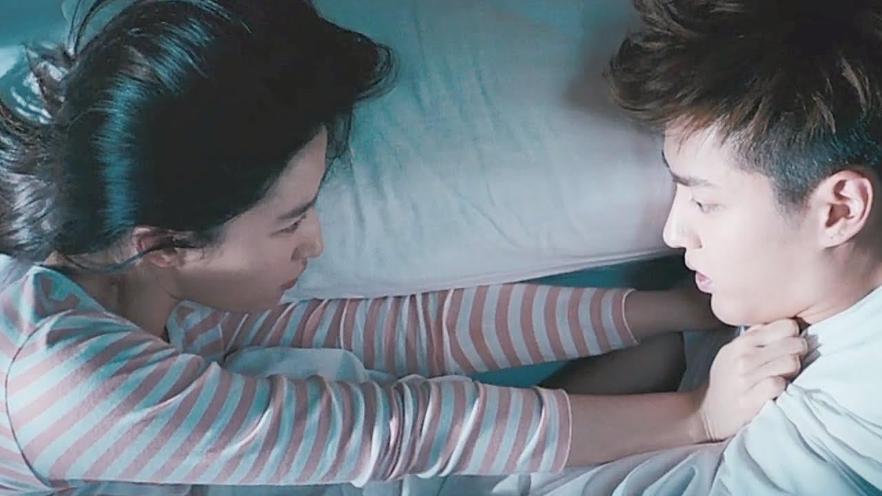 高甜!💖学霸男友耍坏要抱她,被严词拒绝。💖