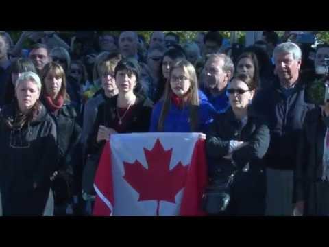 'O Canada' at the National War Memorial