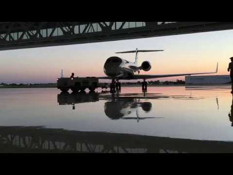 What it's like to be a flight intern at Amway Aviation