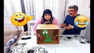 Kutunun İçindekini Dokunarak Bil Oyunu Gülmek Garanti