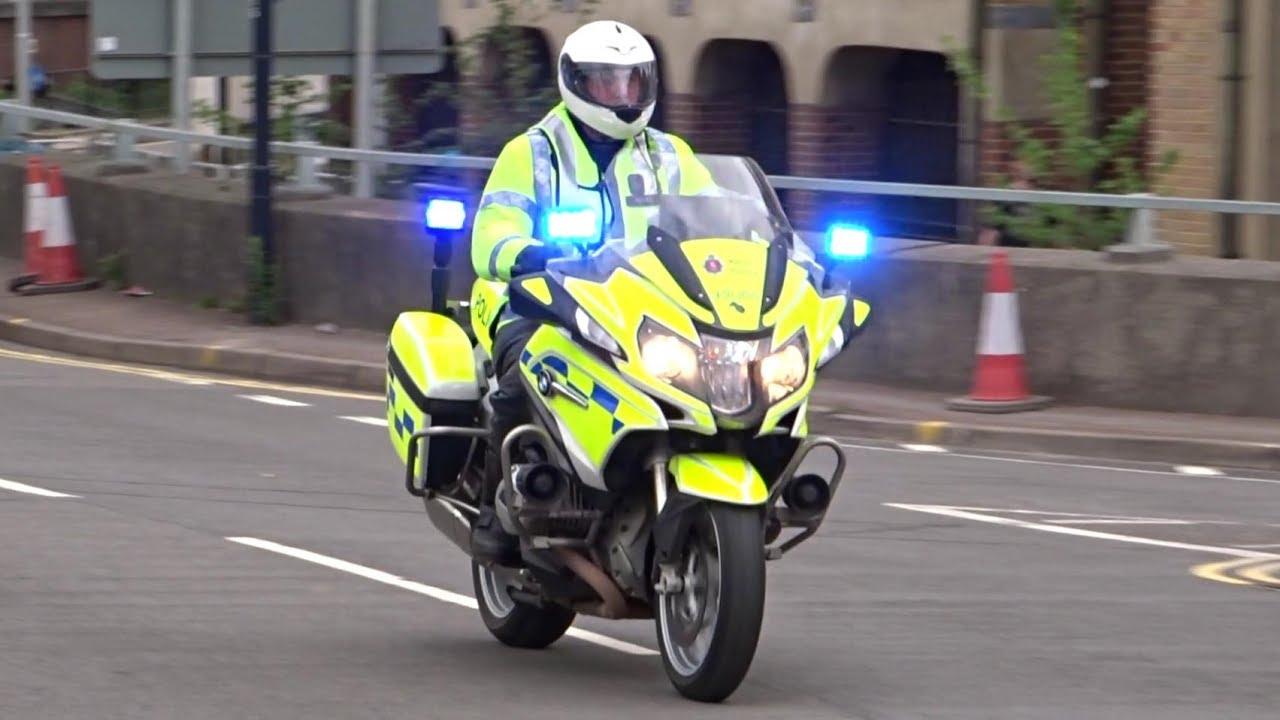 police bike responding bmw r1200rt motorcycle response unit [ 1280 x 720 Pixel ]