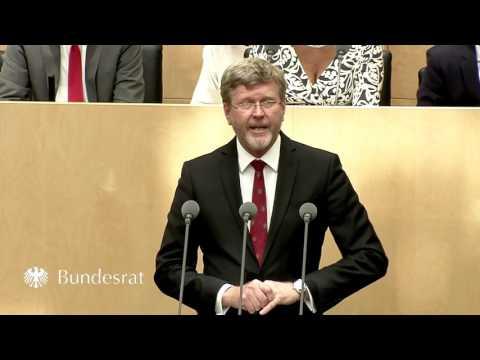 Staatsminister Dr. Huber im Bundesrat zum Kinder- und Jugendstärkungsgesetz- Bayern