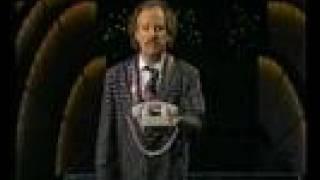 Nöjesmassakern - 15 sätt att svara telefon