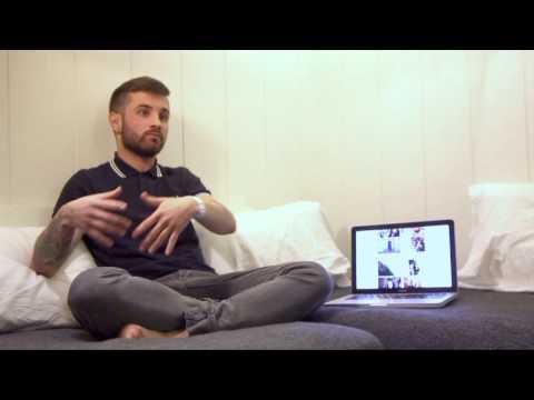 Entrevista exclusiva con Abel Azcona en la tercera edición de Room Art Fair