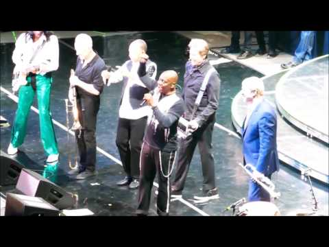 Chicago and Earth Wind & Fire - Calgary Nov 4, 2016