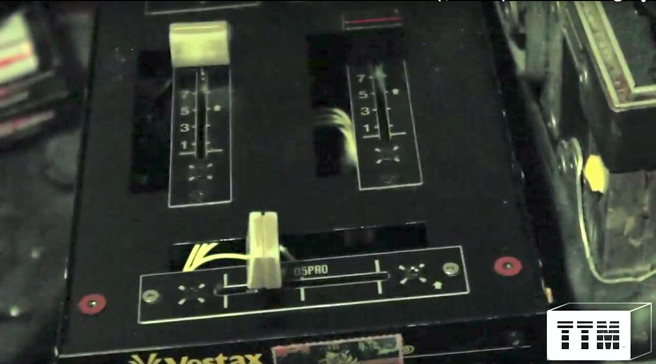 How To Install A Vestax Pmc 05 Crossfader In A Vestax Pmc 06 Pro A Mixtick Mixer Quick Install Youtube