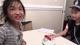 Pretend Play Police Using Lie Detector Test to Find out the Truth