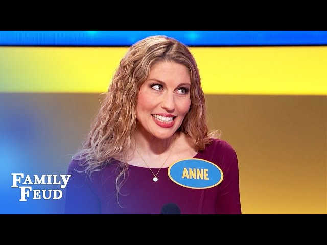 WOW! The Gibsons pull off a BIG STEAL! | Family Feud