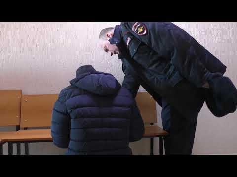 Полицейский с просрочкой