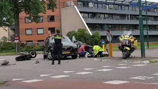 Motorrijder en automobilist in botsing in Leusden