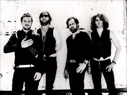 The Killers - Runaways (RAC Remix)
