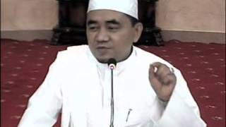 Video Kitab Al - Hikam : Hikmah Ke - 1 (KH. Muhammad Bakhiet / Guru Bakhiet) download MP3, 3GP, MP4, WEBM, AVI, FLV Juli 2018