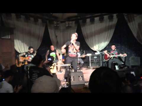 Hanggang Tingin + Halik, acoustic - Kamikazee (Tower Sessions live at 19east)