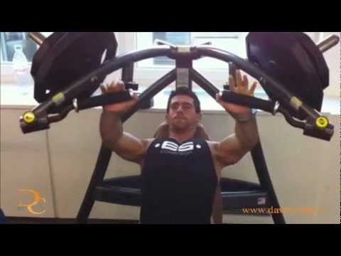 David Costa - Fitness Model - Workout @ Let's Go Fitness Lausanne: Chest training