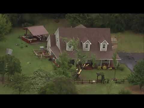Severe Oklahoma storms damage homes