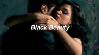 Lana Del Rey // black beauty [Lyrics]