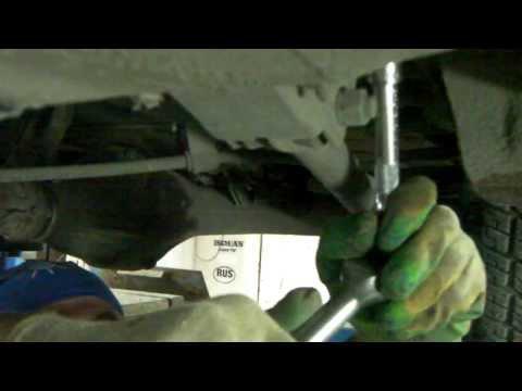 Демонтаж и ремонт передней оси трактора МТЗ-80.
