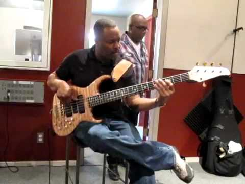 alembic series ii 5 string bass youtube. Black Bedroom Furniture Sets. Home Design Ideas
