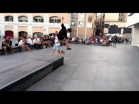 Macba Life - #Macbaobsessed 3 Adrián Lobo