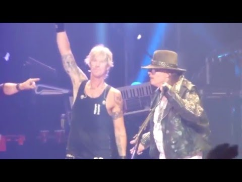 Axl Rose thanks Duff McKagan and offers advice   reunion