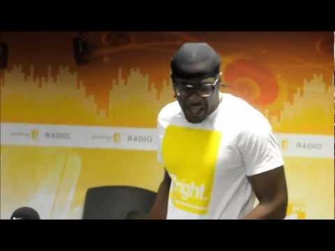 Riddla Chante Boumbo en direct à la radio Guadeloupe 1ere