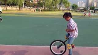 외발자전거 unicycle 대구팔공클럽 초4 장지원양 수평타기 연습
