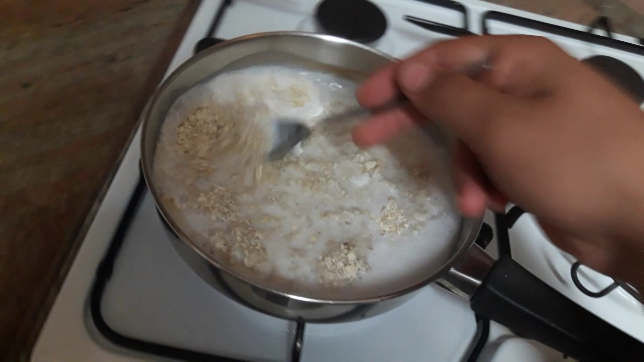 How to cook an oatmeal with milk ? - YouTube