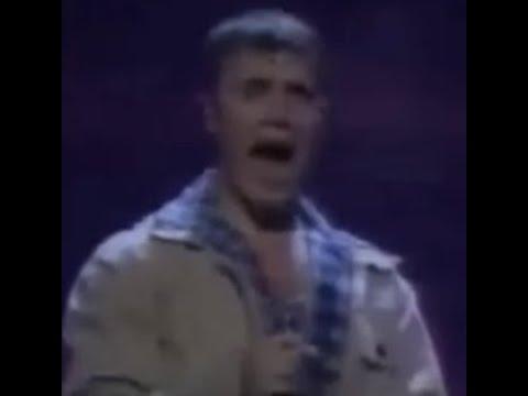 gary v vocal range