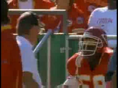 Derrick Thomas best LB of the 90´s