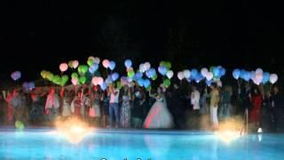Светящиеся шары на свадьбе